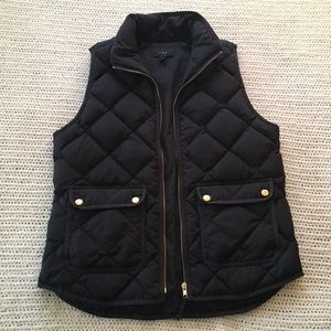 Small J Crew Black Puffer Feather Quilted Vest